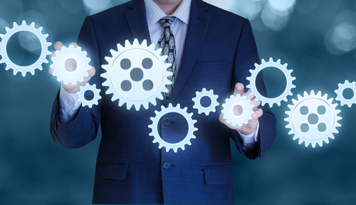 How to Become a Business Operations Manager